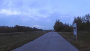 Na hraničnom prechode na cyklochodníku pri Rajke nebolo ani živej duše.